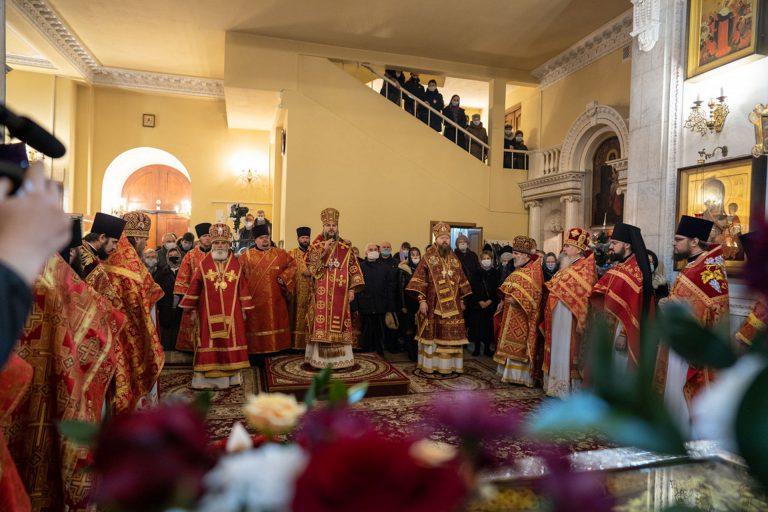 Литургия в день кончины сщмч. Фаддея, архиепископа Тверского