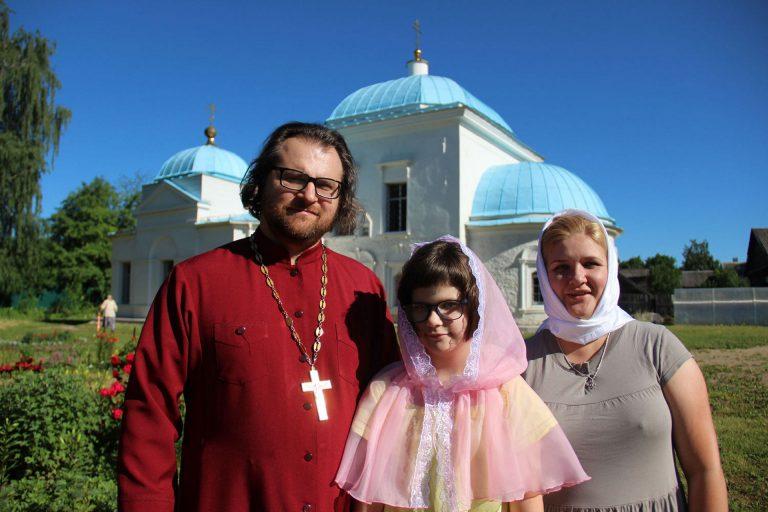 Интервью с семьей отца Максим Мищенко