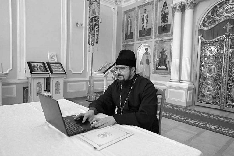 Помощь семье новопреставленного отца Сергия Дробы