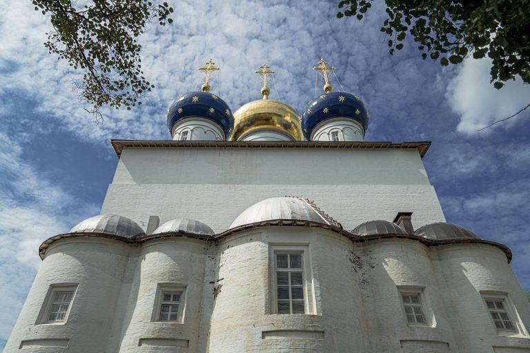 Молитва о завершении строительства Спасо-Преображенского собора в Твери