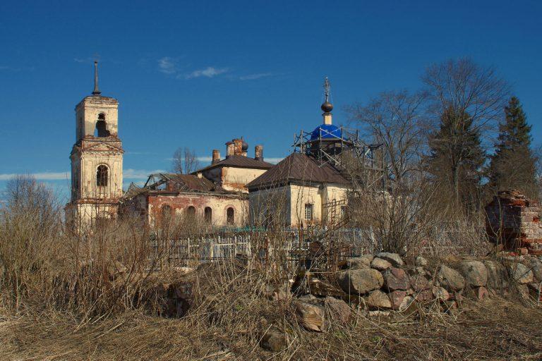 Богоявленская и Грузинской Божией Матери церкви в Ивановском (Ивановском-Овцыных), Калининский район