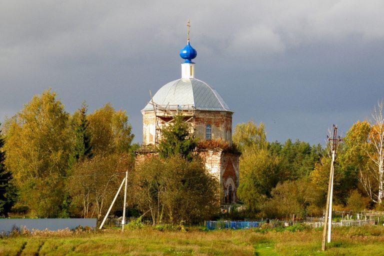 Рождества Пресвятой Богородицы церковь в Красном Бору, Калининский район